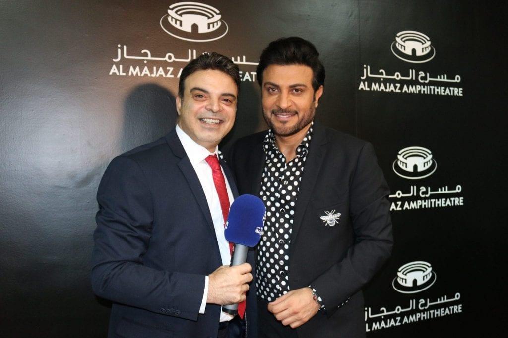 عمر مع البرنس ماجد المهندس في مسرح المجاز في الشارقة