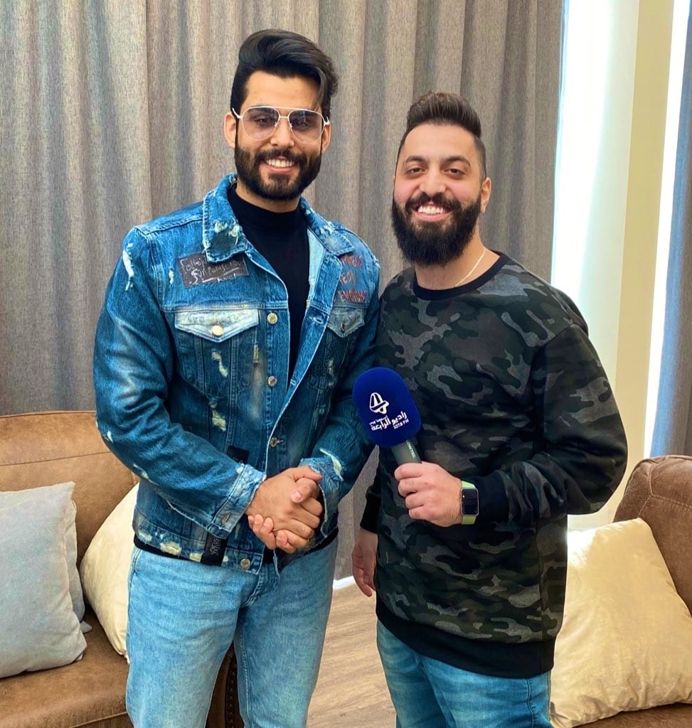 صالح مع النجم محمود التركي في مسرح المجاز