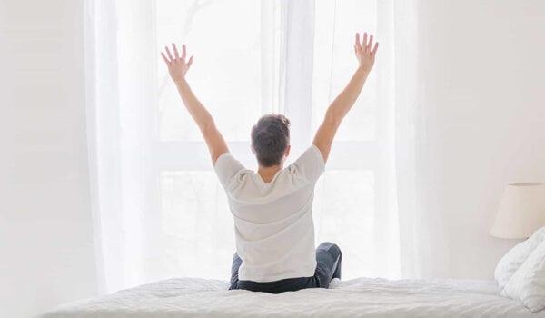 الإستيقاظ أبكر من المعتاد بساعة واحدة فقط يقلل من الإكتئاب