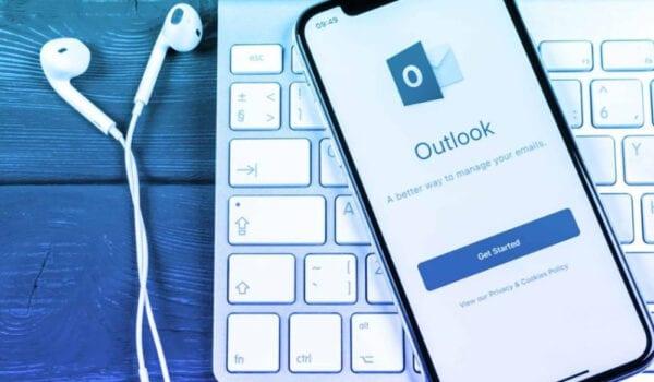بريد Outlook يسمح باستخدام الصوت لكتابة الرسائل الإلكترونية