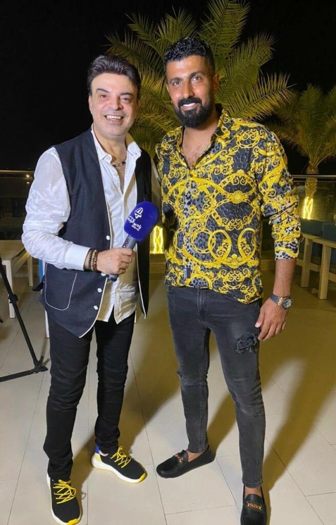 عمر مع المخرج محمد سامي