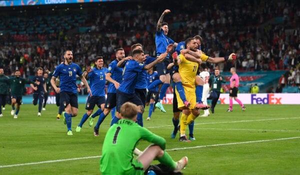 إيطاليا تتوج بلقب اليورو للمرة الثانية في التاريخ على حساب إنجلترا..