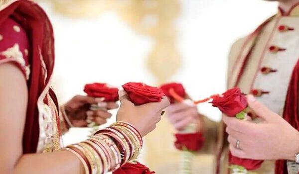 عروس هندية تلغي زفافها بسبب نظارة العريس