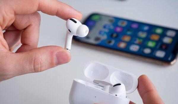 سماعات أبل الجديدة.. تحسن السمع وتقيس حرارتك