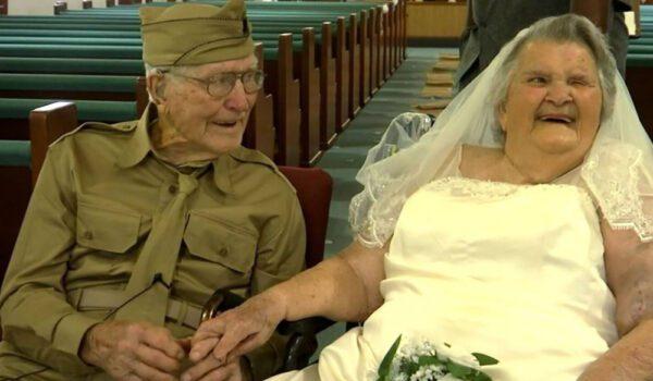 يعيدان زفافهما احتفالاً بـ75 عاماً على زواجهما