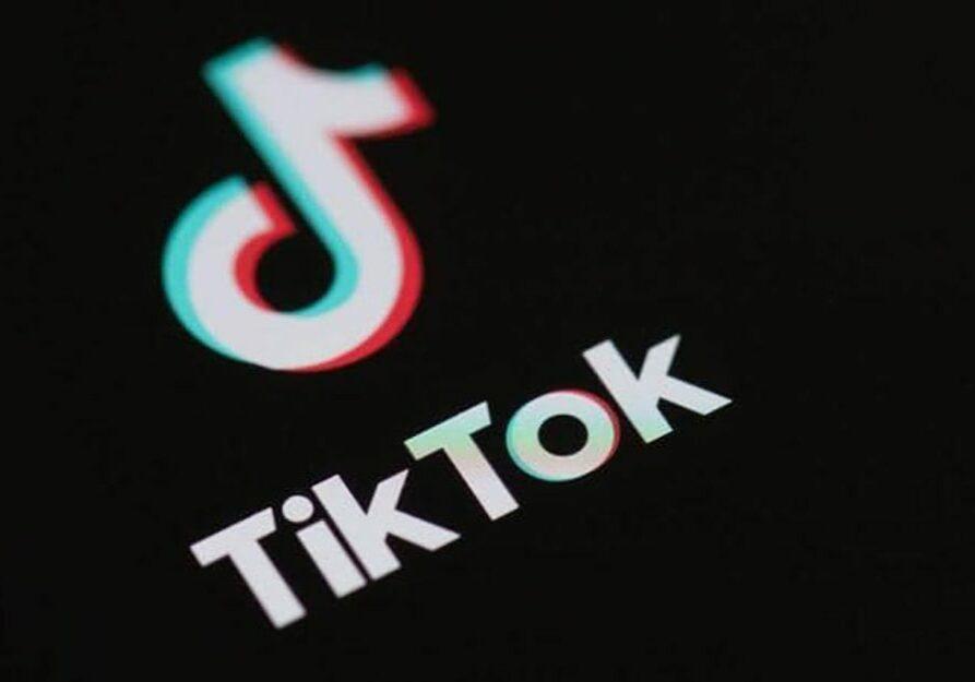 تيك-توووك-اسس